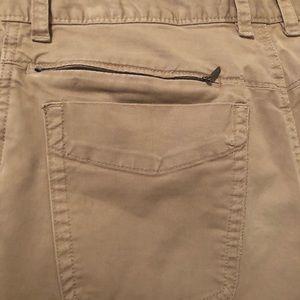 Men's NorthFace khaki pants. Size30x32